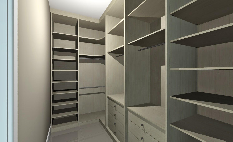 Em função do closet da suíte do casal atuar como um cômodo autônomo, o planejamento dos armários foi feito sem o uso de portas de fechamento.