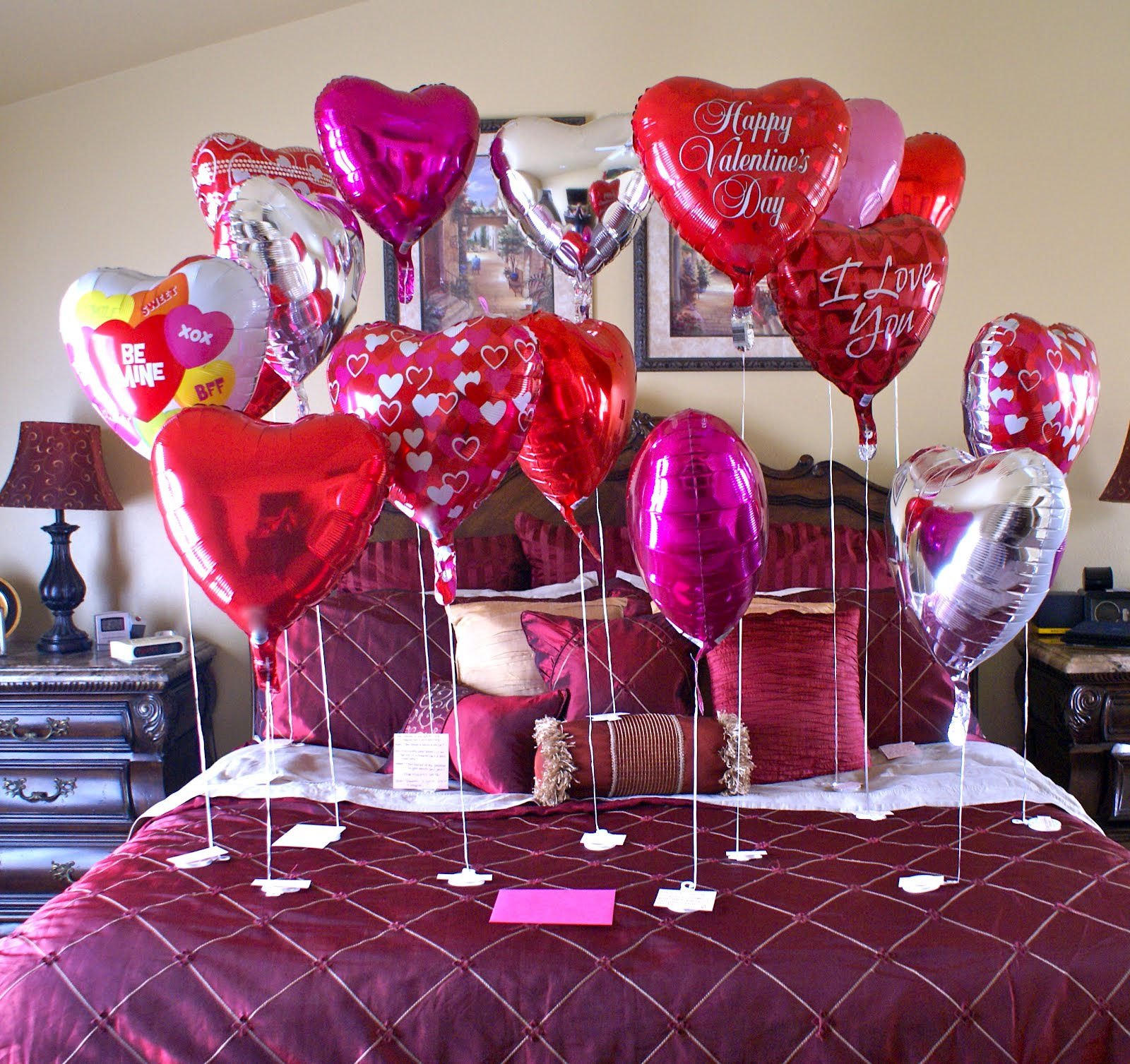 Balloons decorations ideas interior design styles for Decorate for valentines day