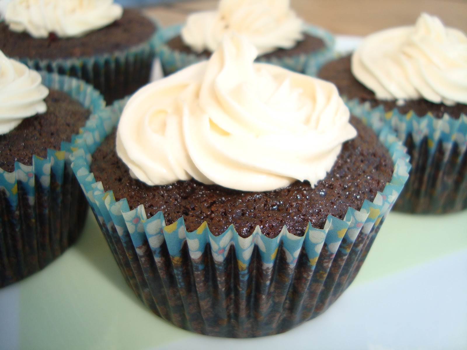 Simple Gourmet Cooking: Chocolate Guinness Cupcakes with Bailey's ...