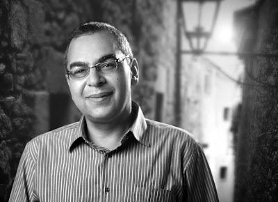 http://1.bp.blogspot.com/-ABg_QAIWk_8/Tq8KFb5x6mI/AAAAAAAAETM/rclBTqiV_HY/s1600/BQFP+author+Ahmed+Khaled+Tawfik.JPG