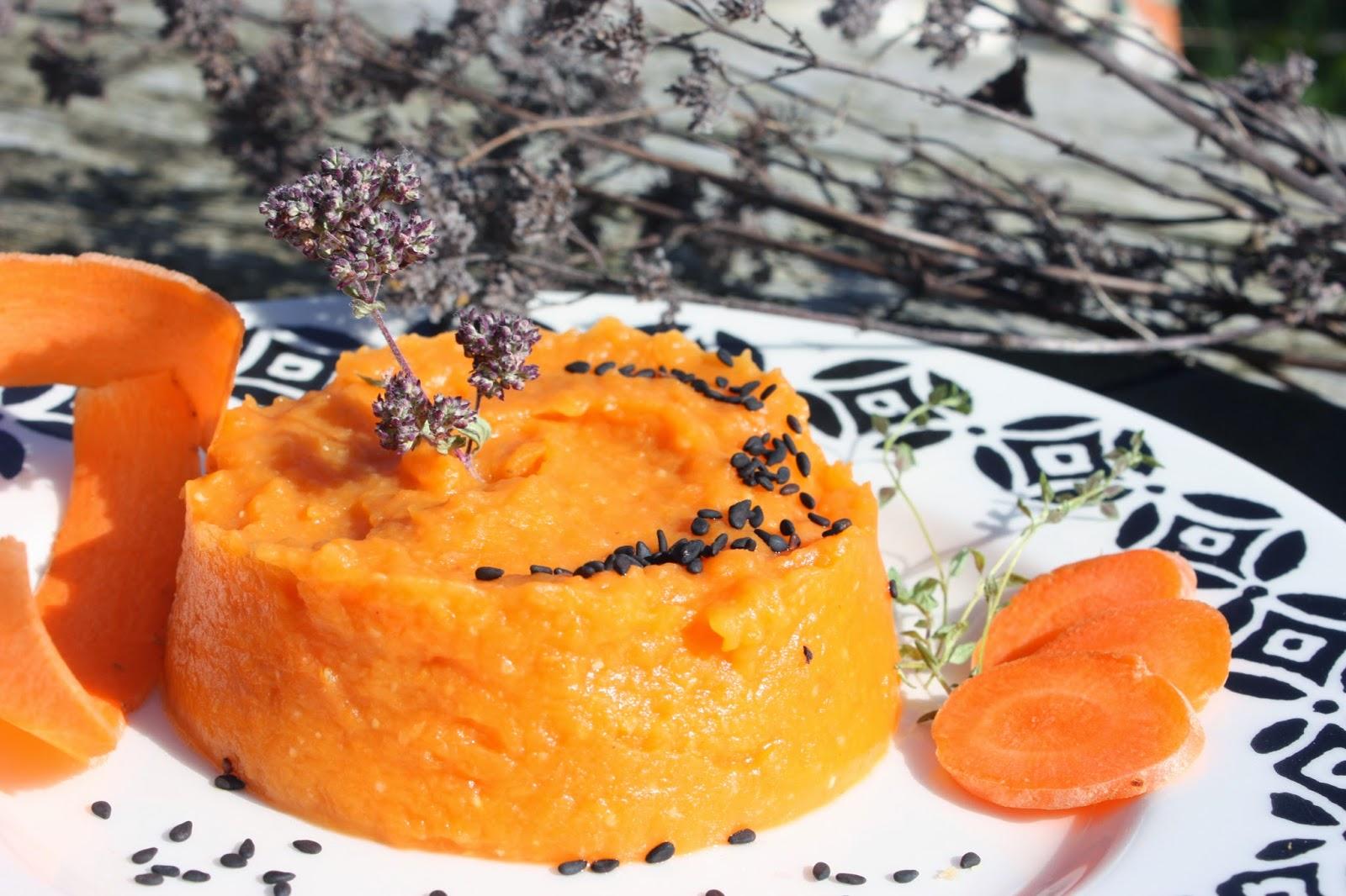 http://cocottechlorophylle.blogspot.fr/2014/03/puree-aux-carottes-et-la-patate-toute.html