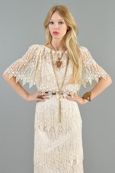 bustown modern vintage white lace tiered scallop pendant flutter midi dress 004 - Modern Vintage Lace Wedding Dresses