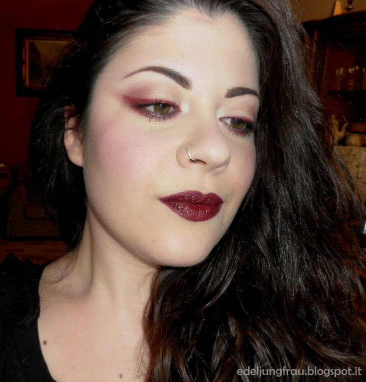 Edel jungfrau one lipstick one look feat mac diva - Rossetto mac diva ...