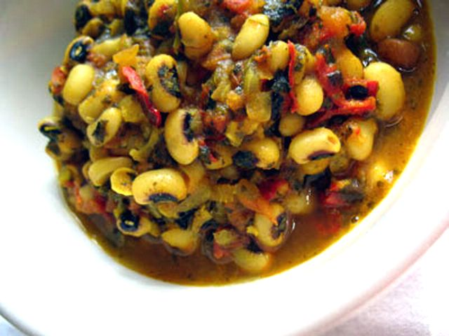 Black-Eyed Peas with Fenugreek and Tomatoes