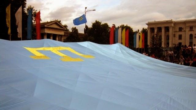Крымские татары: «День национального флага отметим как обычно»