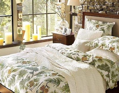 Christmas Bedroom Decoration Ideas Floral Bedding with Candles