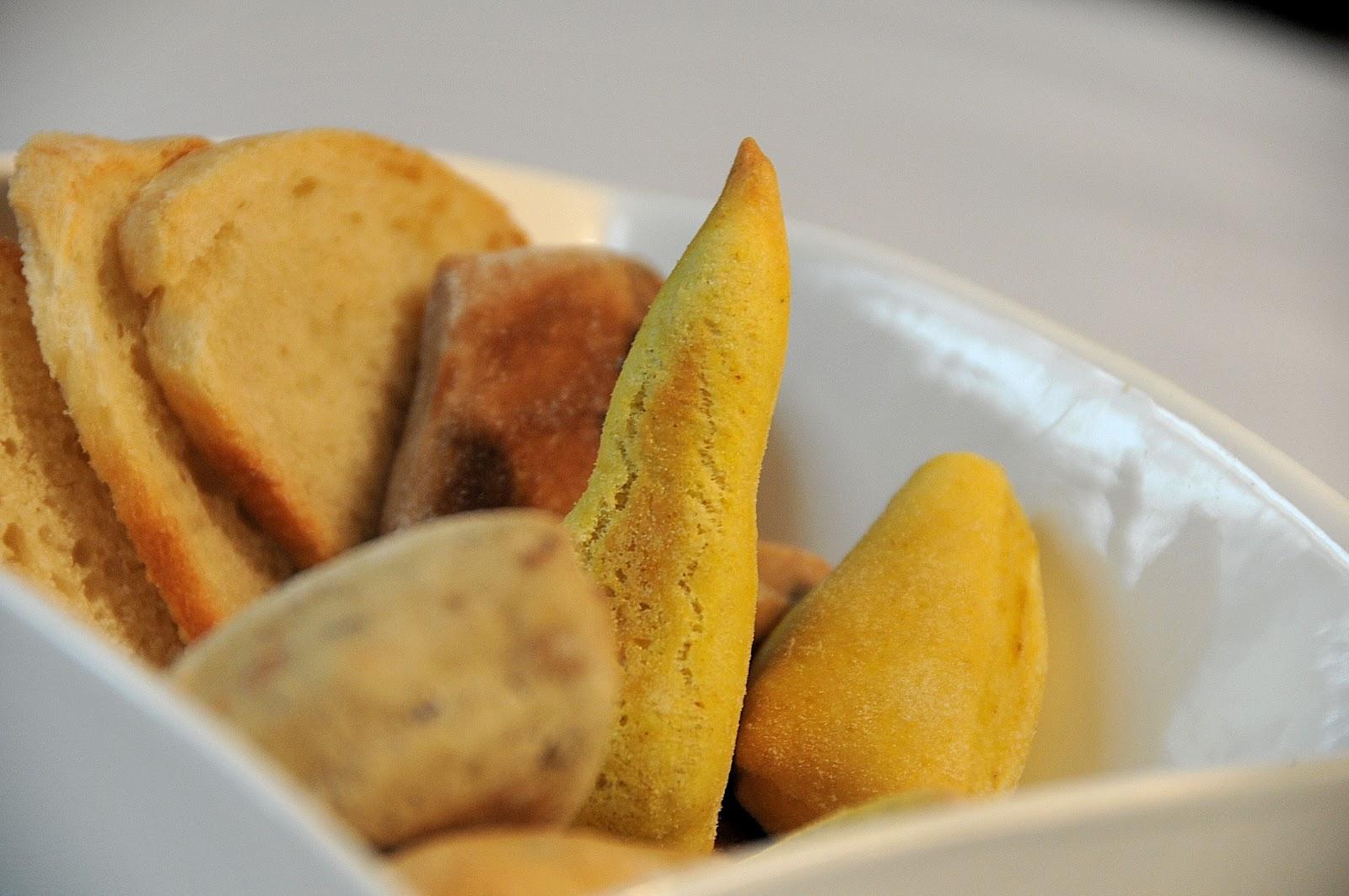 Armadillo bar vino cibo e musica aprile 2012 - Diversi tipi di pane ...