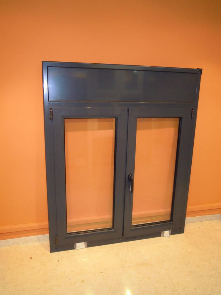 Ventanas y puertas de aluminio y pvc en barcelona for Puertas de terraza de aluminio