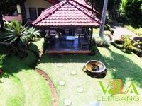 Villa Istana Bunga Lembang Blok D No.8
