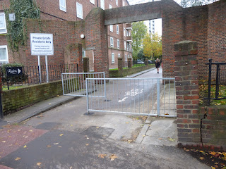 New barriers 2 on LCN route 3 at Oval on lambethcyclists.org.uk