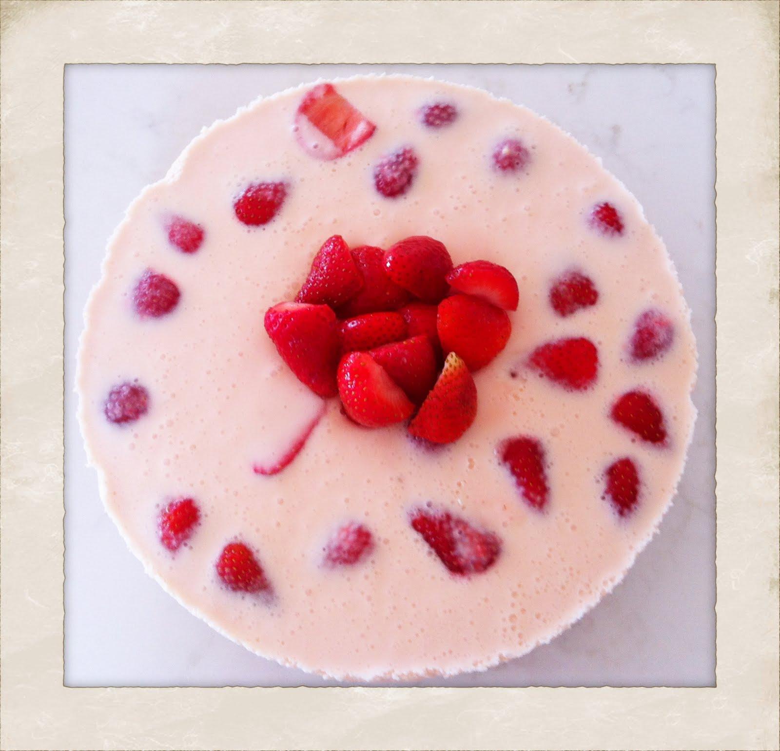 strawberries cointreau and cream cheesecake