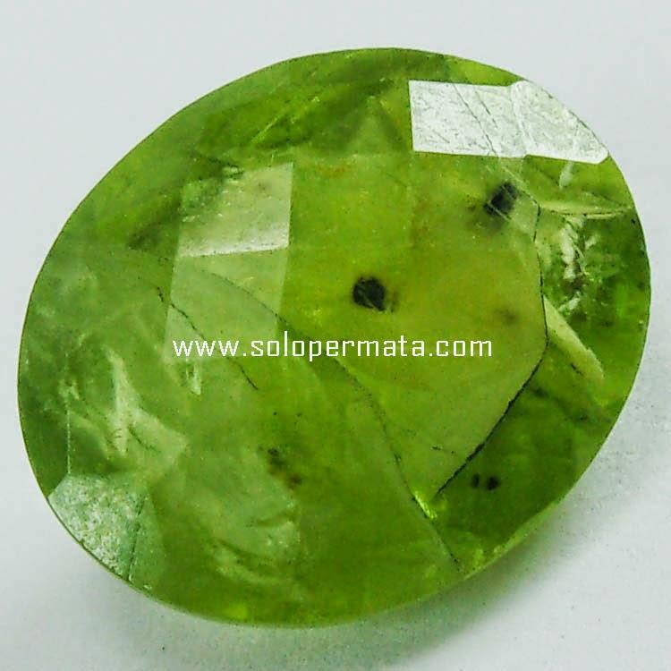 Batu Permata Green Garnet