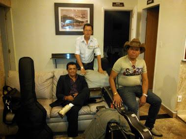 FOTOS NA SAIDA DO HOTEL EM BARRA MANSA R.J