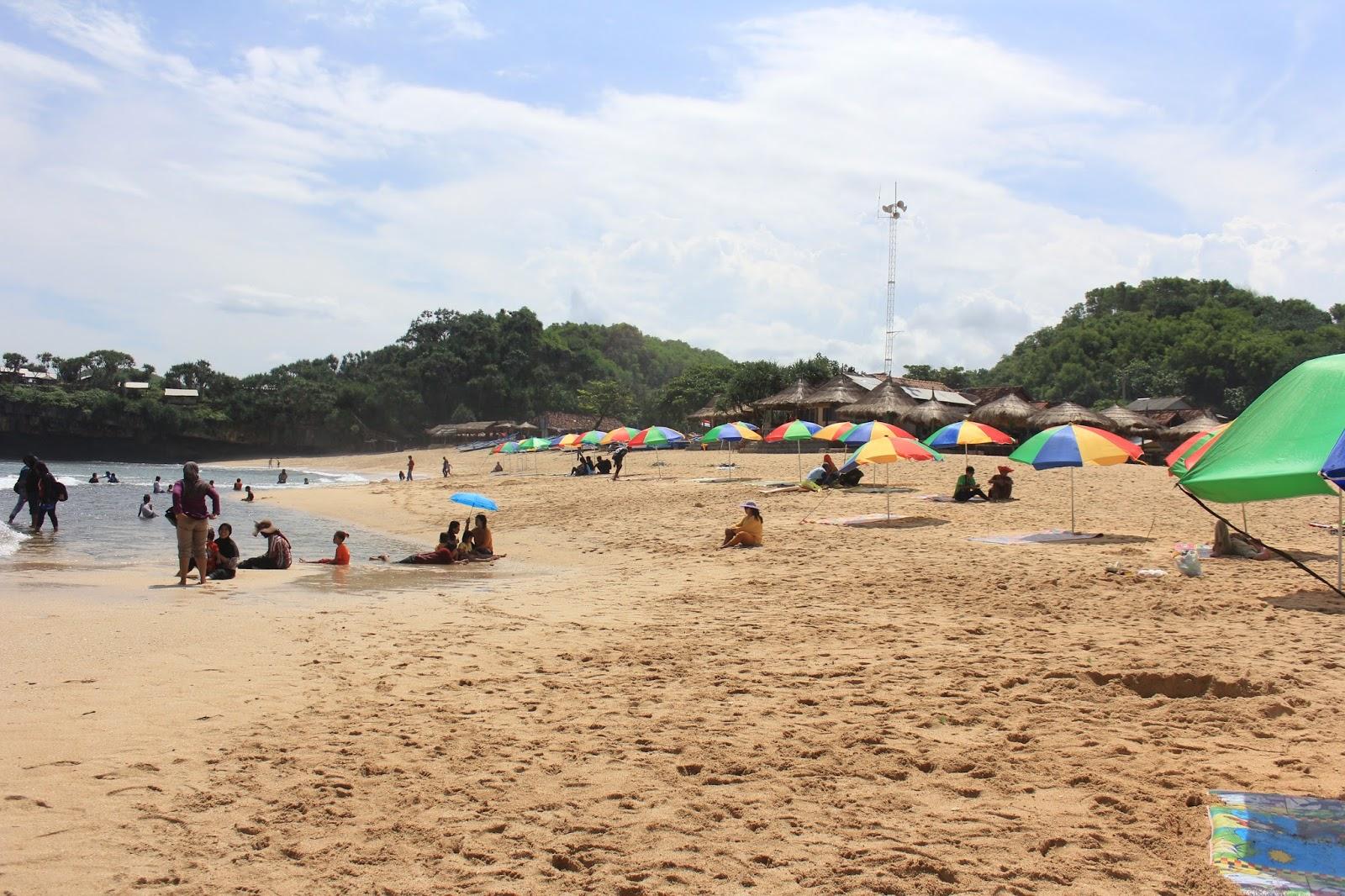 parasol pantai drini