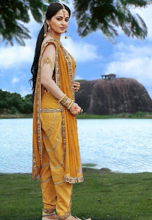 Anushka shetty Rudramadevi movie Photos and stills