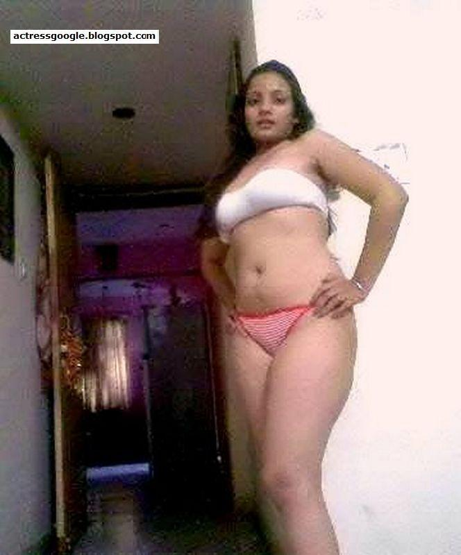half naked pics of delhi young girls