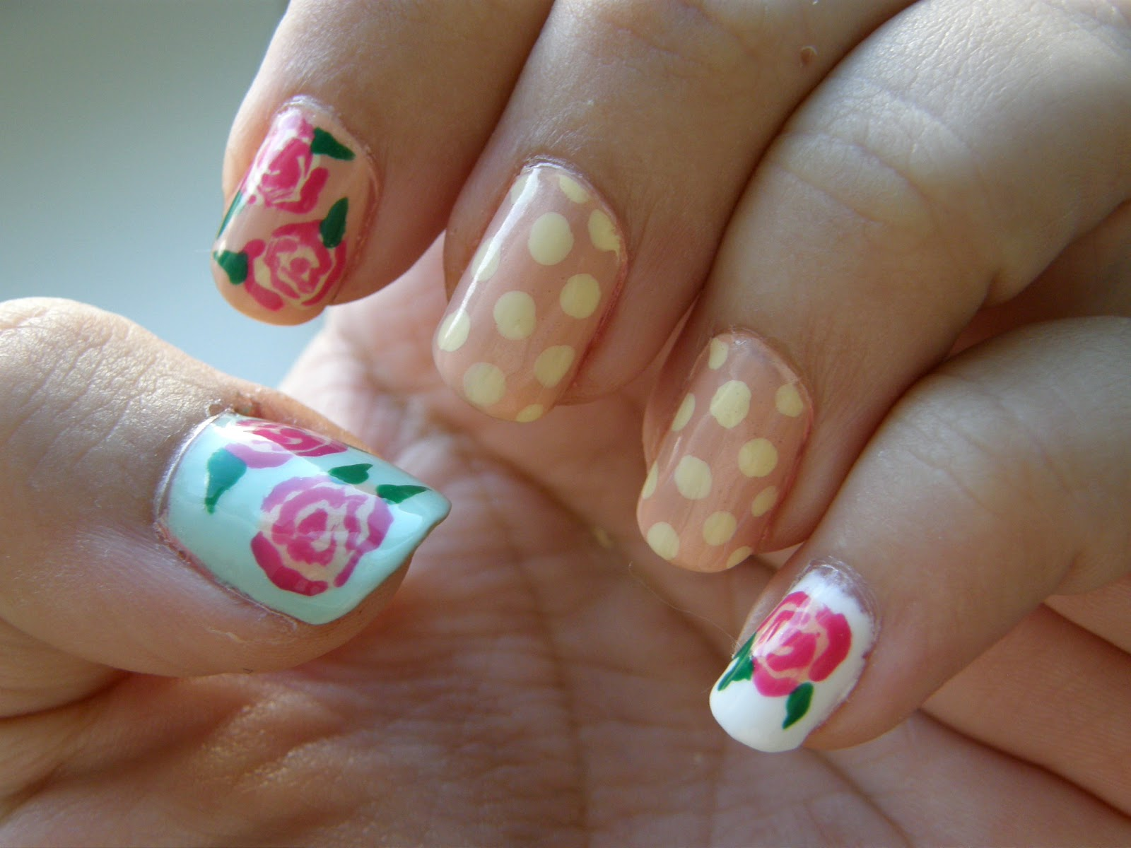Thrift Thick: NOTD: Vintage Floral Nails