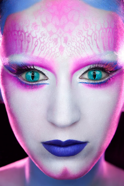 Katy Perry Alien