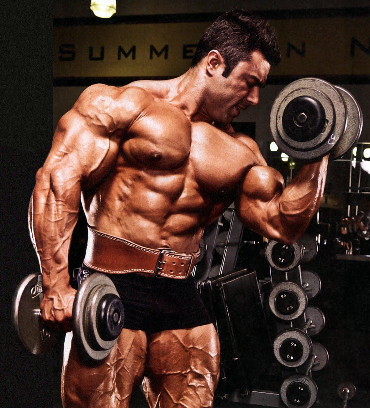 Almost Perfect: Eduardo Correa Works his Arms 2