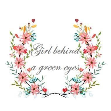 Girl behind a green eyes