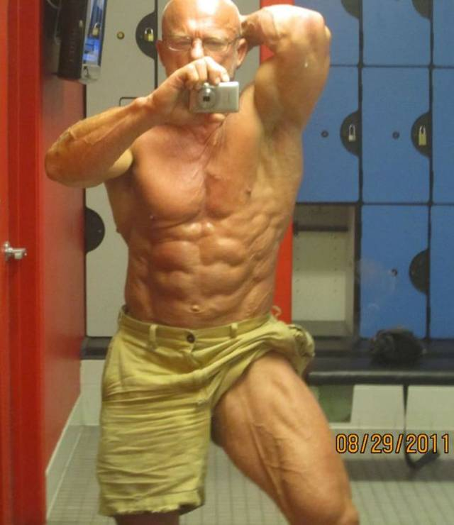 Gallery For > Old Bodybuilder