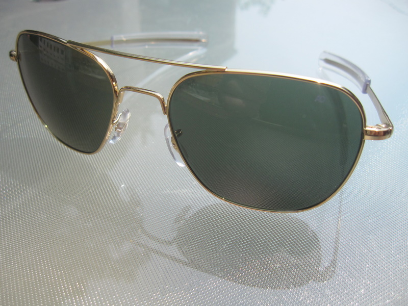 american aviator sunglasses j26c  Sunglasses are one thing I believe are worth spending a few bucks on for a  good pair When you have nice ones, you tend to take care of them, keep  track of