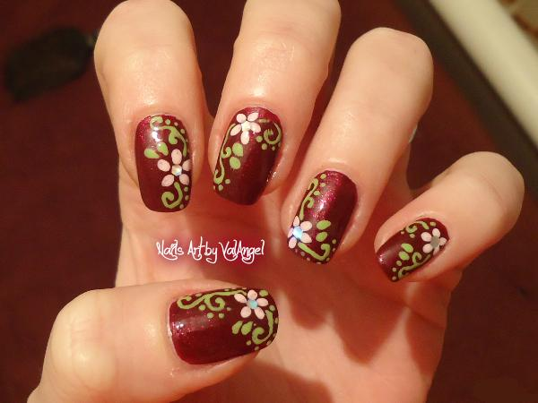 Paris Design Nails