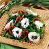 Membuat Tumis Cumi Bunga Bawang