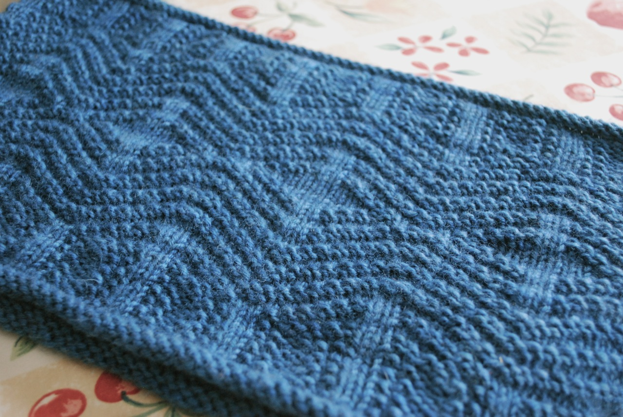 Dirty Water DyeWorks: Dovetail Cowl