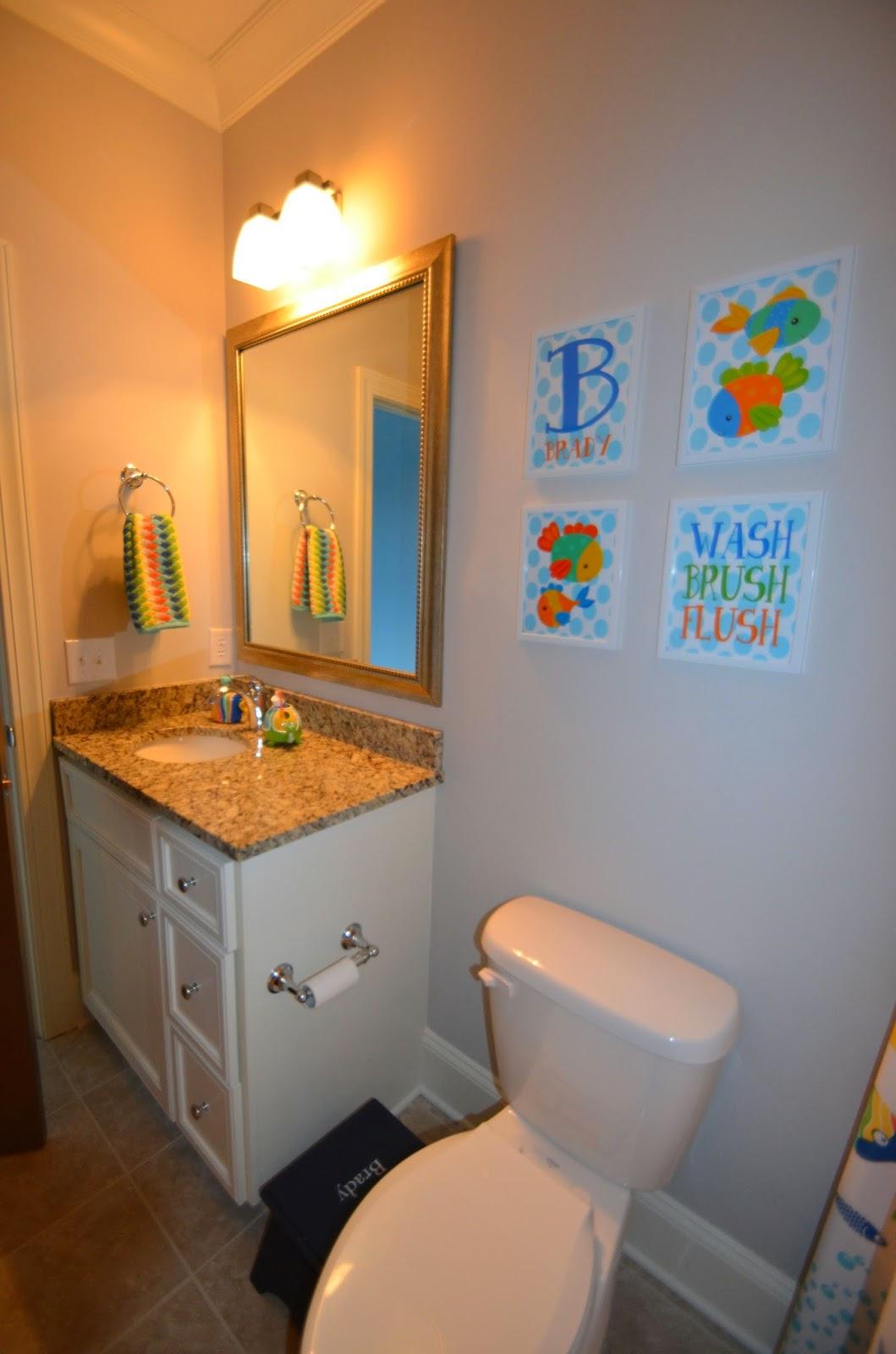 The life of riley home tour brady 39 s room and bathroom for Megan u bathroom tour