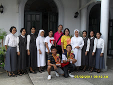 Bro. Bong with the Veronican Sisters of the Holy Face