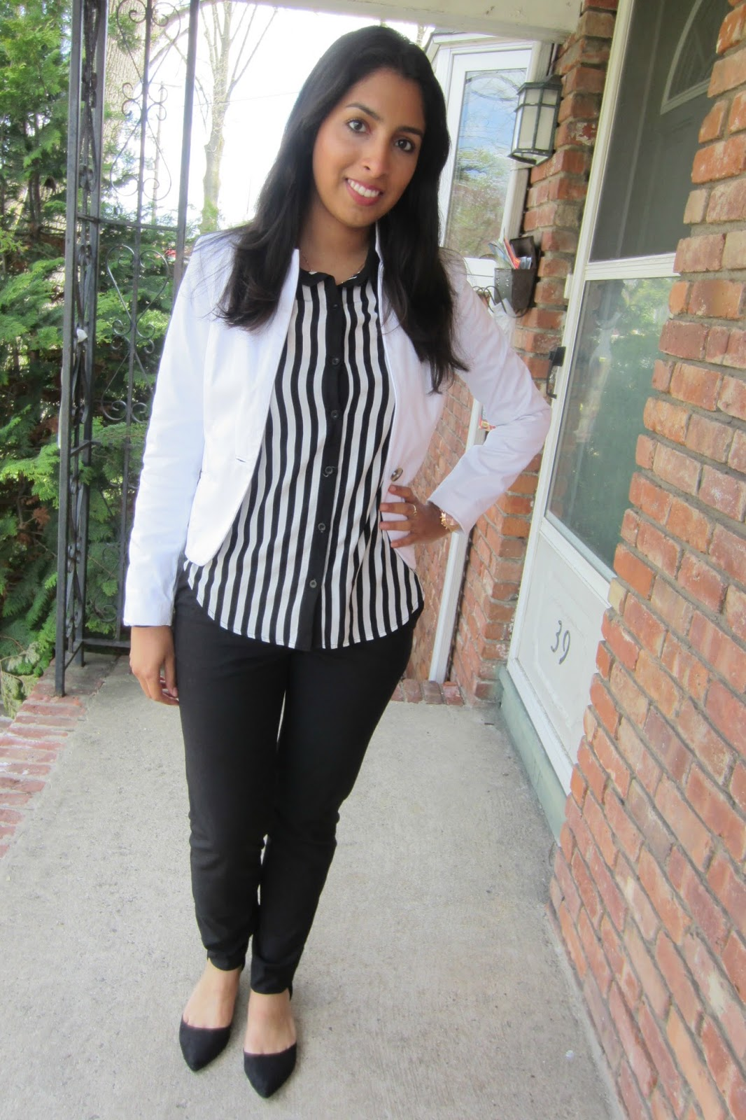 business casual the makeup league today s quick ootd is a business casual outfit that i wore to my internship everyone has a different definition of business casual and it varies based on