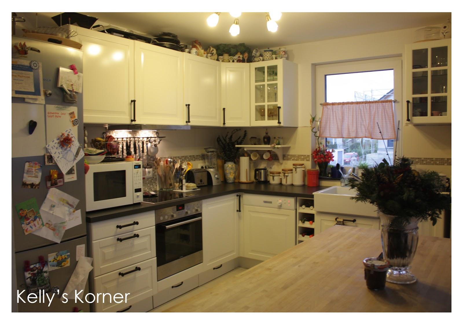 Kelly 39 s korner kitchen reveal for Kelly s kitchen