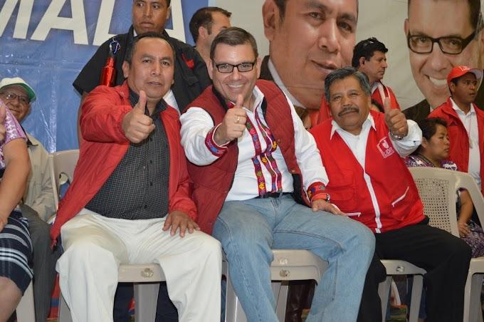 Baldizon estuvo en San Pedro haciendo campaña procelitista