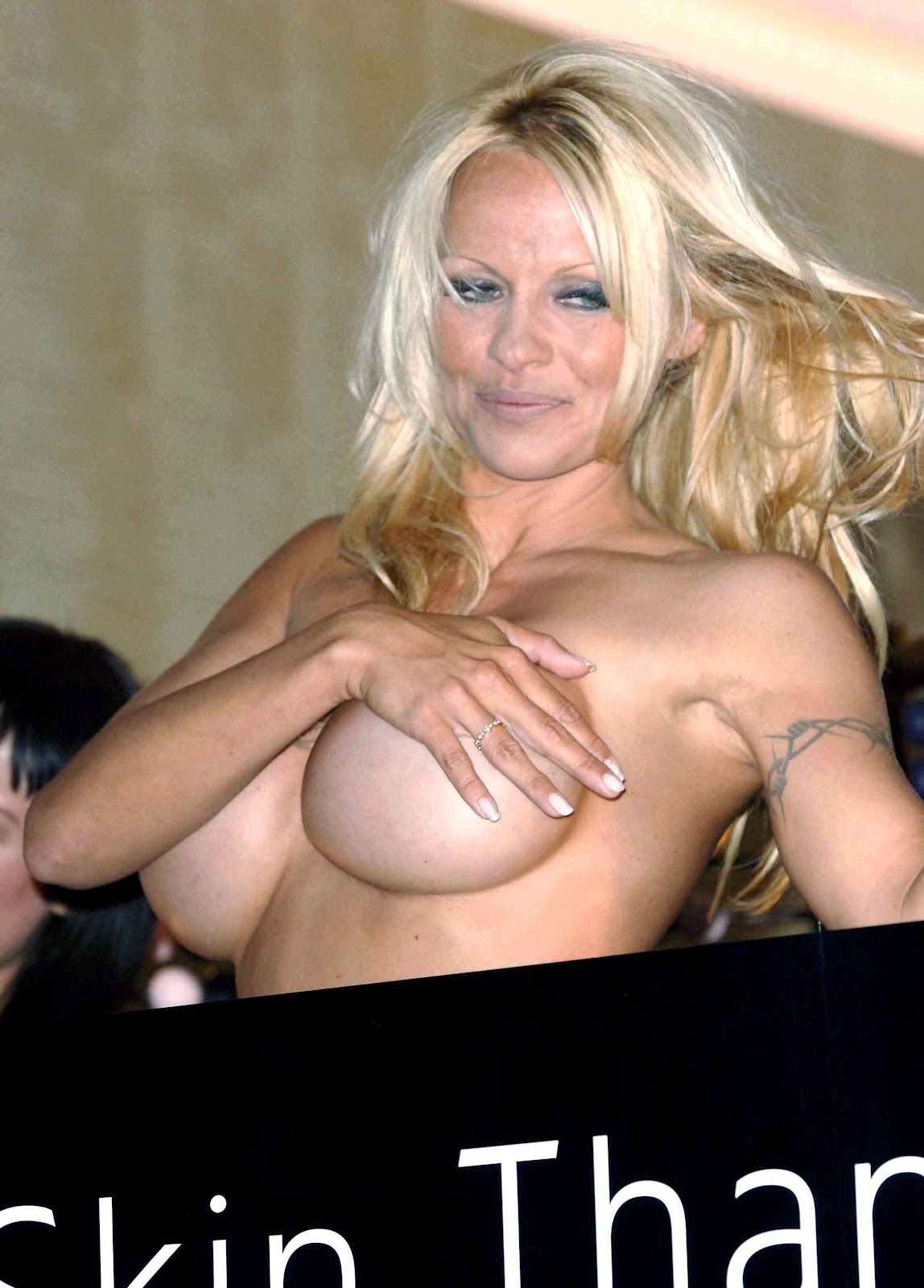 Pamela Anderson Topless Picture News Of The World Scandal
