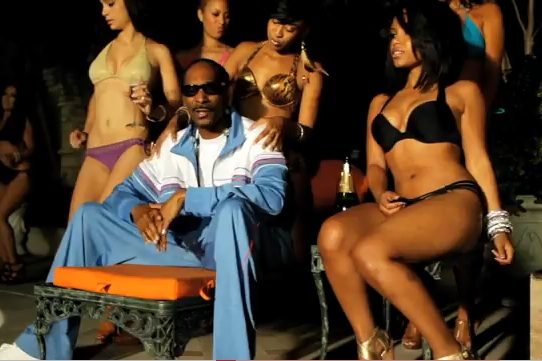 Mann Feat. Snoop Dogg and Iyaz The Mack