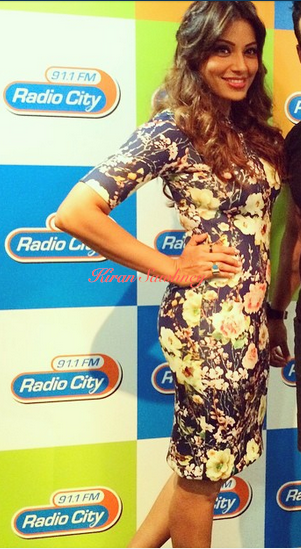 Bipasha Basu doing radio promotions in Nishka Lulla