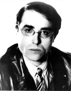 El miembro de Les Humanoïdes Associés y fundador de Métal Hurlant, Philippe Druillet fue también autor de la portada del álbum East West (1980) de Richard Pinhas.