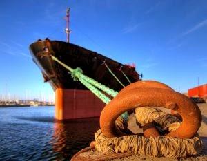Skipsfart forurenser, bilde