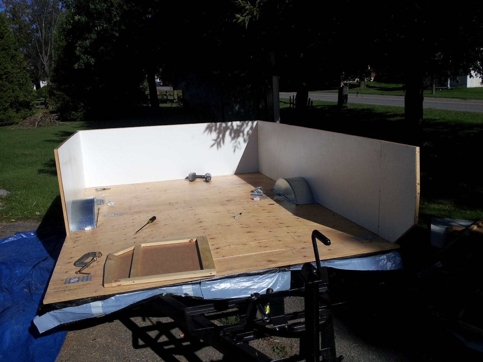 projet tente roulotte bonair septembre 2012. Black Bedroom Furniture Sets. Home Design Ideas