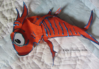 Easy Fish Costume Pattern http://experimenting-mom.blogspot.com/2012/03/happy-birthday-dr-suess-non-sew-cat-in.html