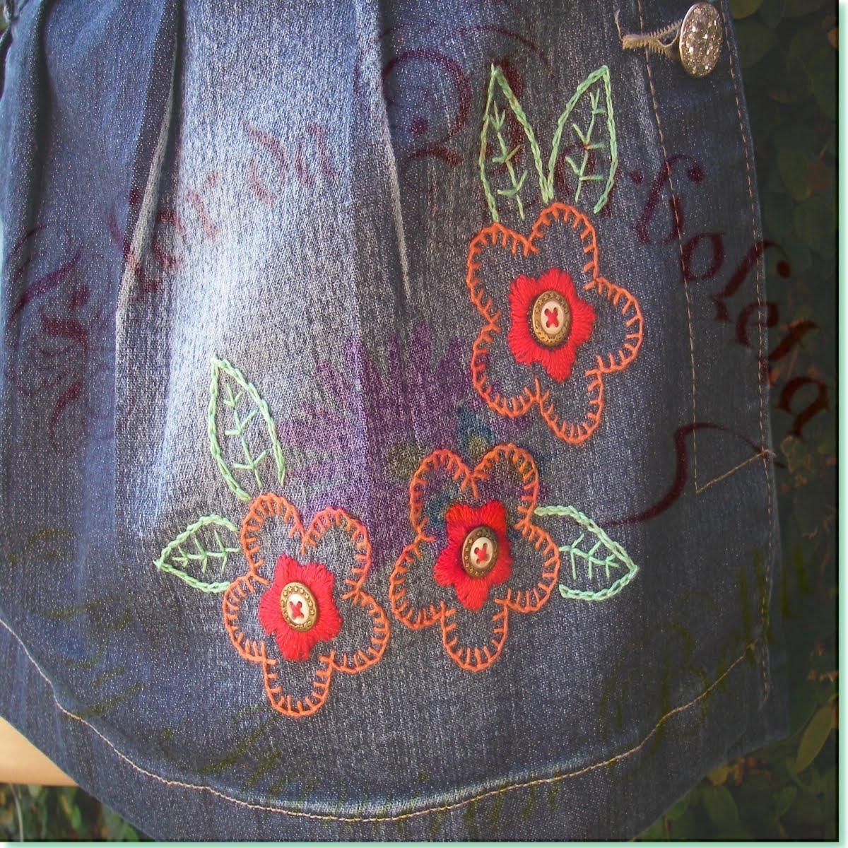 Vestidos jeans bordados a mao