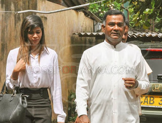 Thissa Aththanayaka comes to the court with Dulmini Attanayake