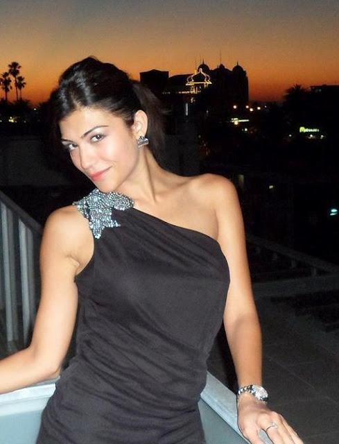 Archana Vijaya - Indian anchor,Vj and IPL hottest hostess