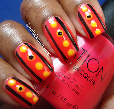 Lines and Dots Nailart