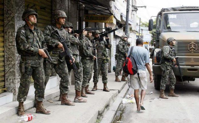 Após pressão, Tião Viana anuncia que Exército irá atuar para conter violência no Acre