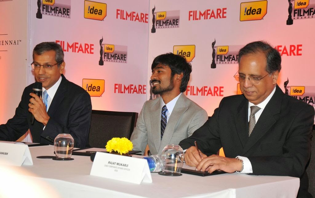 Dhanush at Idea film fare awards-HQ-Photo-8
