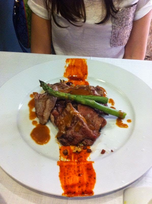 http://lashermanasyunamarx.blogspot.com.es/2014/09/restaurante-los-sentidos-linares-jaen.html