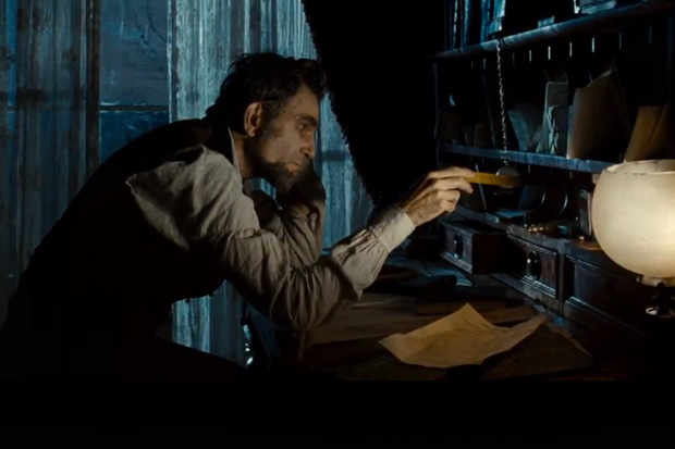 lincoln film review Lincoln has all these fine qualities and a whole lot more this is not just a great  film for the reasons stated above, or because it is very easy to praise a film.