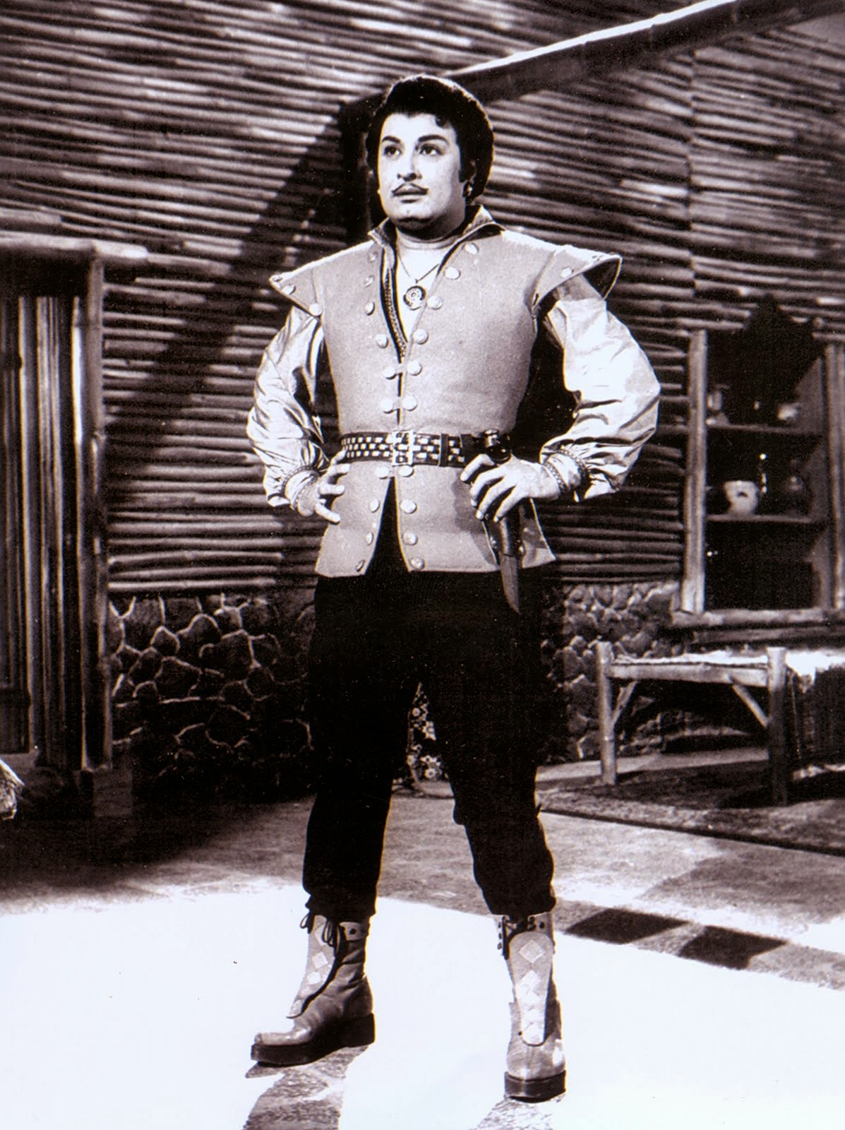 MGR in 'Aayirathil Oruvan' Movie (1965)